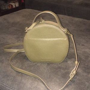 Like new Lucky Brand circle crossbody
